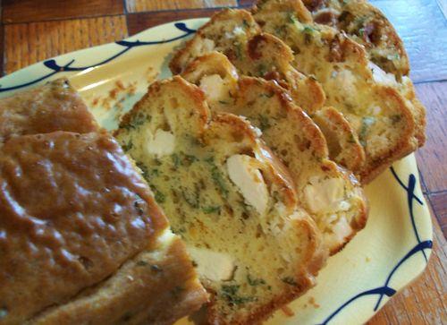 Cake salé à la feta et aux tomates séchées