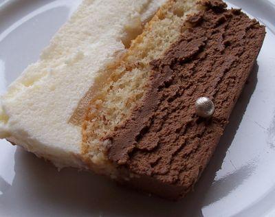 Tranche de bavarois chocolat et poire