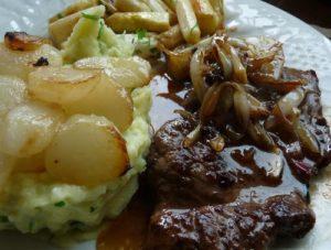 steak sauce cerise, purée au persil tubéreux
