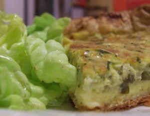 Tarte safranée duo : courgettes et fromage
