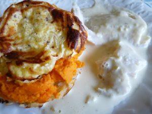 Flan triple couche, carottes, cumin, oignons et filet de colin sauce poireaux